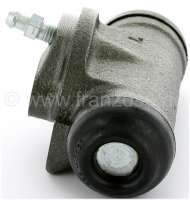 R16/Estafette/R15, wheel brake cylinder rear, on the left + on the right fitting. Brake system Bendix. Suitable for Renault R16, Estafette, R15 TS, R12 BREAK, R17TL/TS. Piston diameter: 22mm. Brake line connector: 3/8x24UNF. Mounting board bore: 36mm. Length over everything: 62mm. Made in Europe. -1 - 84159 - Der Franzose