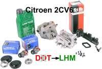 kit de d'étancheité de frein, Citroën 2cv6 à partir de 1981, modèles avec disques de frein. Ce kit pro comprend les deux étriers, le maître-cylindre, deux cylindres de roue ainsi que tous les joints et caoutchoucs pour une remise en à neuf des freins en système LHM, liquide vert. Permet de remettre le circuit à neuf si du lockheed a été mis dans les freins par erreur. Attention : les travaux de freins doivent être effectués par un professionel   13222   Der Franzose - www.franzose.de